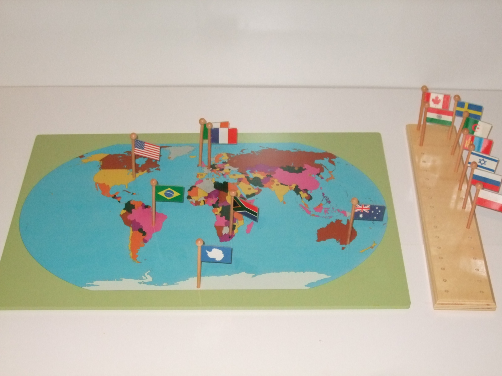 Flag stand world map with flags montessori pre school supplies flag stand world map with flags gumiabroncs Images