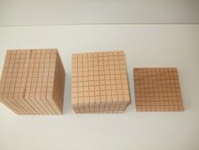 wooden units, 10, 100, 1000