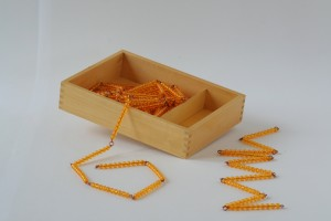 Bead Chains of 100 and 1000 with Box