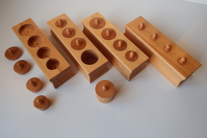 knobbled Cylinder Blocks with 4 holes Beechwood