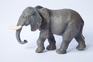 Elephant                                L 16  H 10 cm