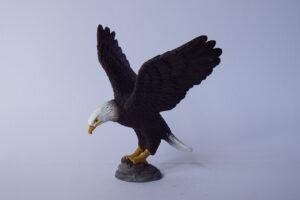 Bald Eagle                             L 10.5  H 9 cm
