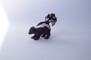 Skunk                                      L 5.5  H 4 cm