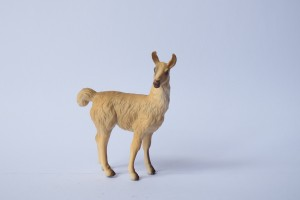 Llama                                      L 9  H 9 cm