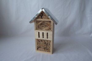 Insect hotel           (32cm x 19cm)