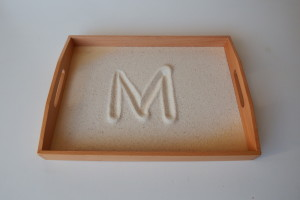 Sand tray     (40cm x 30cm)