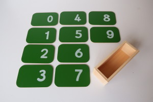 Sandpaper Numbers with Box (small 14cm x 9cm)