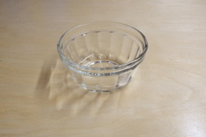 Glass bowl 12cm                    5.5 cm high